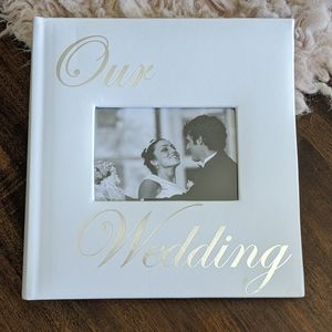 $4/$20 Deal! New Wedding Photo Album 8x8.5""